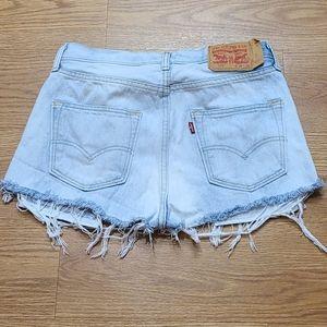 501 Levi's Cutoff Shorts w29 L30